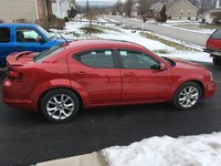 2012 Dodge Avenger Overview