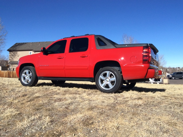 Picture of 2012 Chevrolet Avalanche LT 4WD, exterior, gallery_worthy