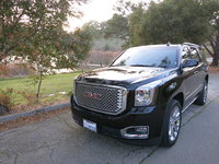 Picture of 2017 GMC Yukon Denali 4WD, exterior, gallery_worthy