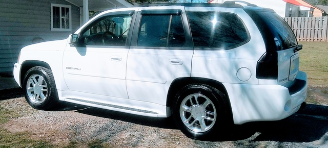 Picture of 2007 GMC Envoy Denali 4 Dr SUV