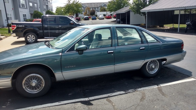 Picture of 1992 Chevrolet Caprice Classic Sedan RWD