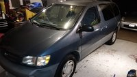 Picture of 2000 Toyota Sienna LE, gallery_worthy