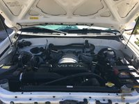 Picture of 2003 Toyota Sequoia Limited, engine, gallery_worthy