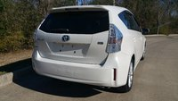 Picture of 2013 Toyota Prius v Five FWD, gallery_worthy