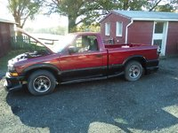 Picture of 2001 Chevrolet S-10 2 Dr LS Standard Cab LB, gallery_worthy