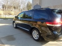 Picture of 2012 Toyota Sienna XLE 8-Passenger, gallery_worthy