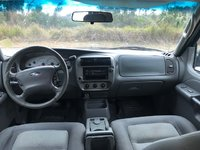 Picture of 2005 Ford Explorer Sport Trac XLS Crew Cab, interior, gallery_worthy
