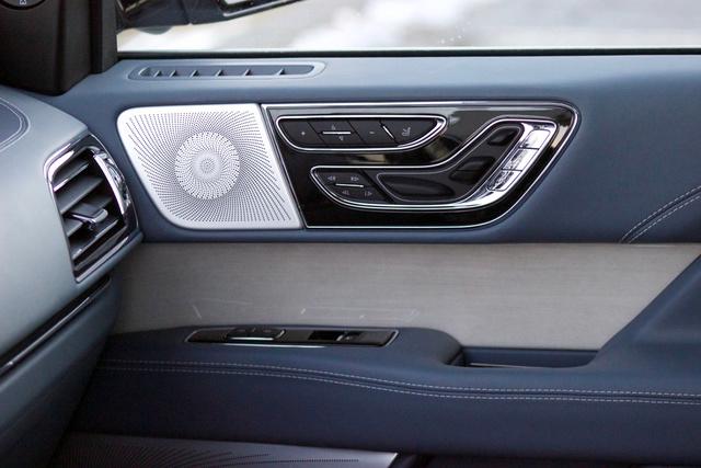 2018 Lincoln Navigator Interior Pictures Cargurus