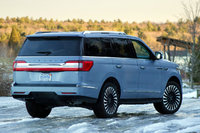 2018 Lincoln Navigator, Rear 3/4, exterior, gallery_worthy
