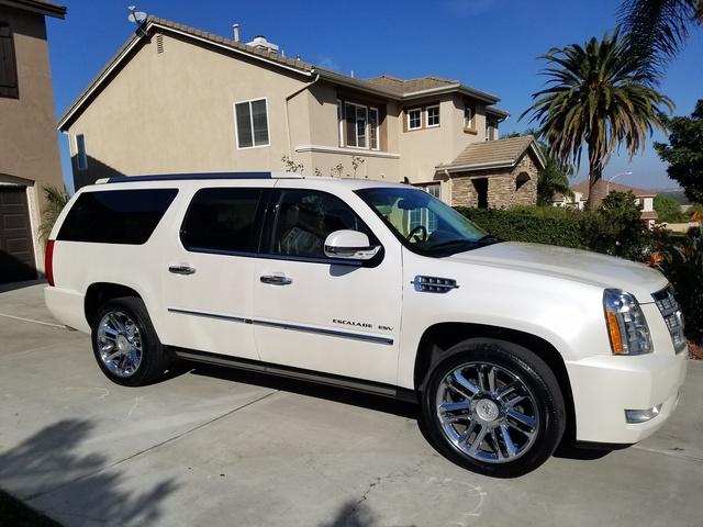 Picture of 2011 Cadillac Escalade ESV Platinum RWD