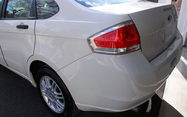 Picture of 2011 Ford Focus SE, gallery_worthy