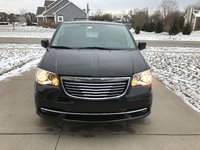 Picture of 2016 Chrysler Town & Country Touring, gallery_worthy