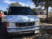 Picture of 2006 Ford E-Series Wagon E-350 Super Duty XLT, gallery_worthy