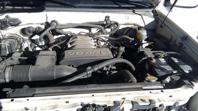 Picture of 2003 Toyota Sequoia Limited 4WD, engine, gallery_worthy