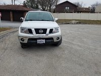 Picture of 2013 Nissan Frontier SL Crew Cab 4WD, exterior, gallery_worthy