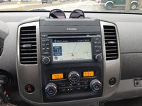 Picture of 2013 Nissan Frontier SL Crew Cab 4WD, interior, gallery_worthy
