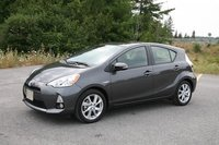 Picture of 2013 Toyota Prius c Two, gallery_worthy