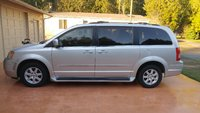 Picture of 2010 Chrysler Town & Country Touring FWD, gallery_worthy
