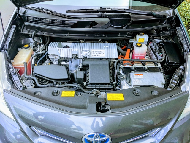 Picture of 2012 Toyota Prius v Five FWD, gallery_worthy