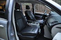 Picture of 2015 Chrysler Town & Country Touring-L, gallery_worthy