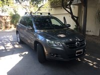 Picture of 2011 Volkswagen Tiguan SE w/ Sunroof and Navigation, gallery_worthy