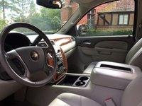 Picture of 2011 Chevrolet Suburban Fleet 1500 4WD, interior, gallery_worthy