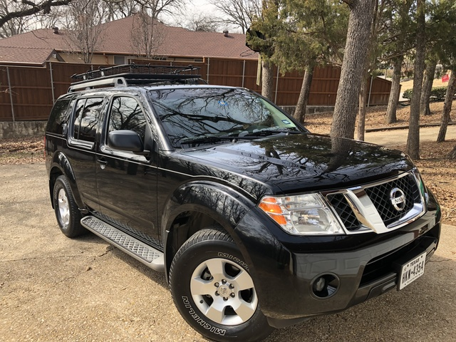 Picture of 2012 Nissan Pathfinder SV