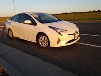 Picture of 2016 Toyota Prius Two, exterior, gallery_worthy