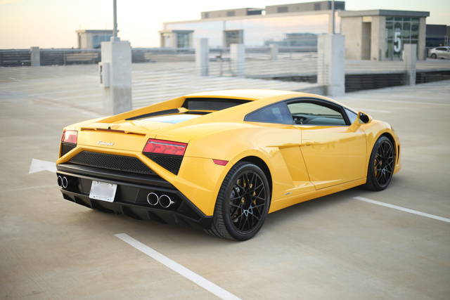 Picture of 2013 Lamborghini Gallardo LP 560-4