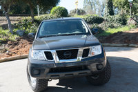 Picture of 2015 Nissan Frontier SV Crew Cab 4WD, gallery_worthy
