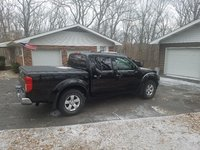 Picture of 2009 Nissan Frontier SE Crew Cab 4WD, exterior, gallery_worthy