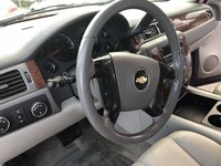 Picture of 2008 Chevrolet Suburban 1500 LT 4WD, gallery_worthy