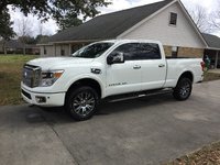 Picture of 2017 Nissan Titan XD Platinum Reserve Crew Cab 4WD, gallery_worthy