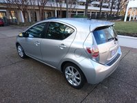 Picture of 2012 Toyota Prius c Four, gallery_worthy