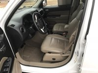 Picture of 2015 Jeep Patriot Limited, interior, gallery_worthy