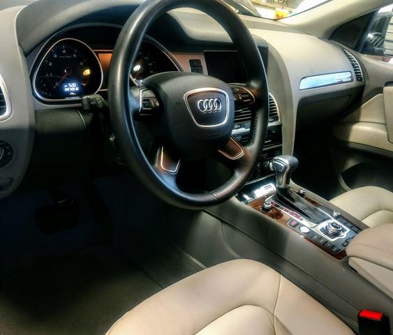 2015 Audi Q7 - Interior Pictures - CarGurus