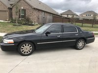 Picture of 2011 Lincoln Town Car Signature L, exterior, gallery_worthy