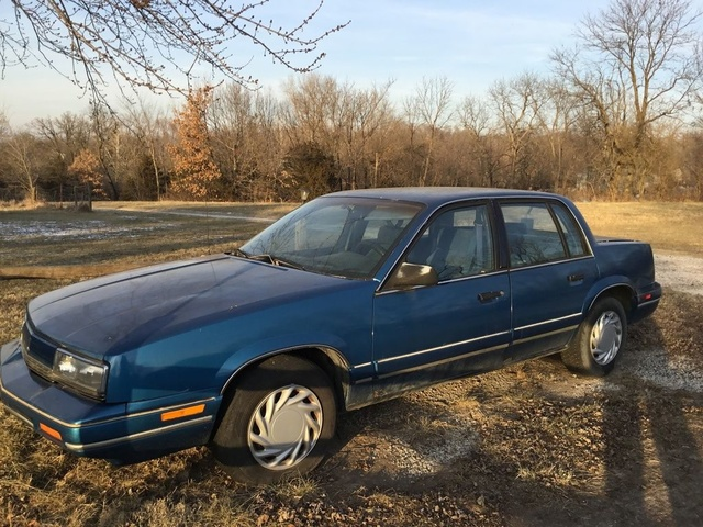 Picture of 1991 Oldsmobile Cutlass Calais Sedan FWD