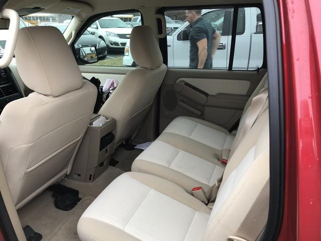 2010 Ford Explorer - Interior Pictures - CarGurus