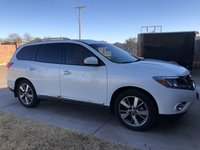 Picture of 2014 Nissan Pathfinder Platinum, exterior, gallery_worthy