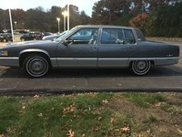 Picture of 1989 Cadillac Fleetwood Sedan FWD, exterior, gallery_worthy