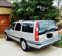 Picture of 2000 Volvo V70 XC SE, exterior, gallery_worthy