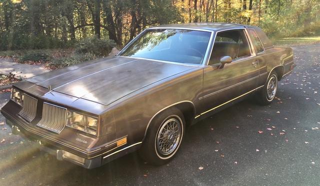 Picture of 1984 Oldsmobile Cutlass Supreme