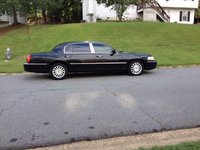 2005 Lincoln Town Car Picture Gallery