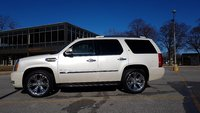 Picture of 2011 Cadillac Escalade Hybrid 4WD, exterior, gallery_worthy