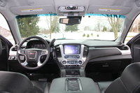 Picture of 2017 GMC Yukon SLT 4WD, interior, gallery_worthy