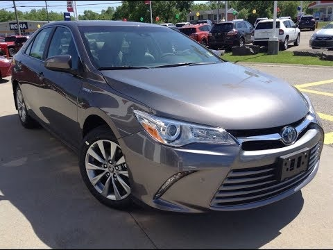 Picture of 2016 Toyota Camry Hybrid XLE FWD