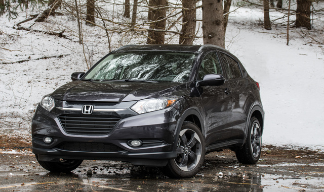 2018 Honda HR-V EX-L in Mulberry Metallic. (c) Clifford Atiyeh for CarGurus
