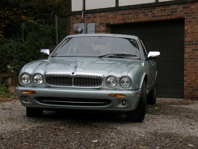 Picture of 1999 Jaguar XJ-Series Vanden Plas