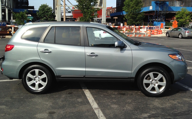 Picture of 2009 Hyundai Santa Fe 3.3L SE AWD